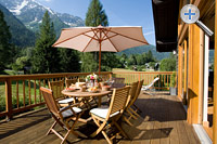 Alfresco dining at luxury self catered chalet